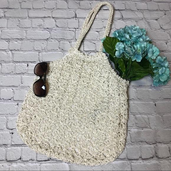 Handbags - ⭐️ Cream and silver sparkle tote